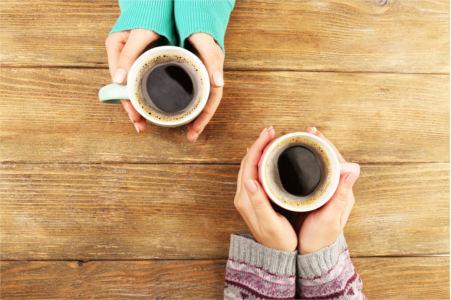 Parler d'un projet autour d'un café